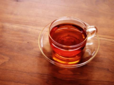 施術ご:温かいお茶を無料で提供しております。待ち合いスペースでゆったりとお寛ぎください。次回のご予約も承れます。